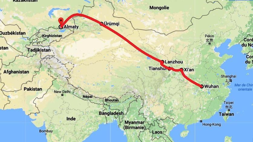 Parcourir de la Chine au Kazakhstan en train puis en bus ce n'est pas commun, mais c'est une aventure que je vais tenter !